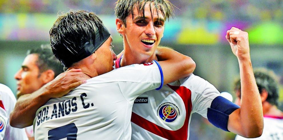 Bryan Ruiz advierte que Jamaica no es solo un equipo de juego físico