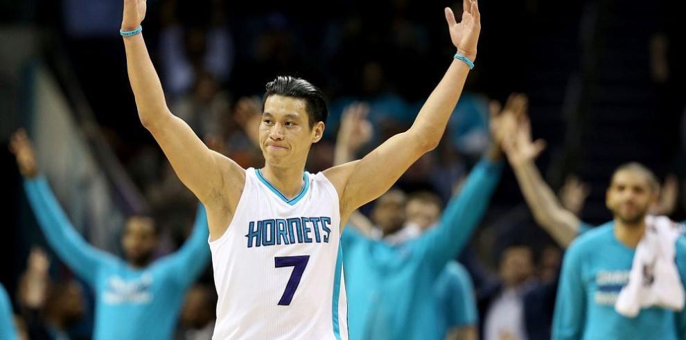 Jeremy Lin saca su nueva versión con los Hornets