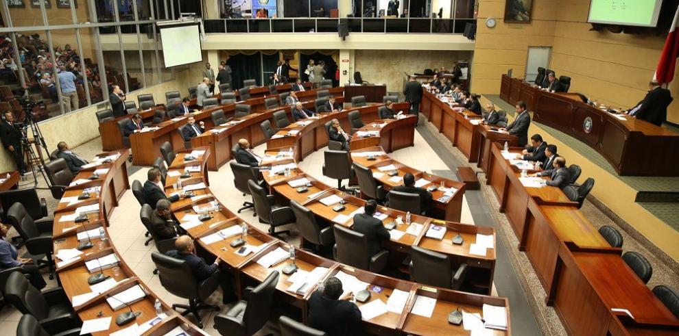 Proyecto de ley sobre jueces de paz pasa a tercer debate