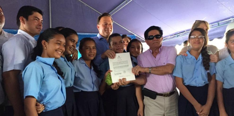 Avanza construcción de proyectos educativos en el país