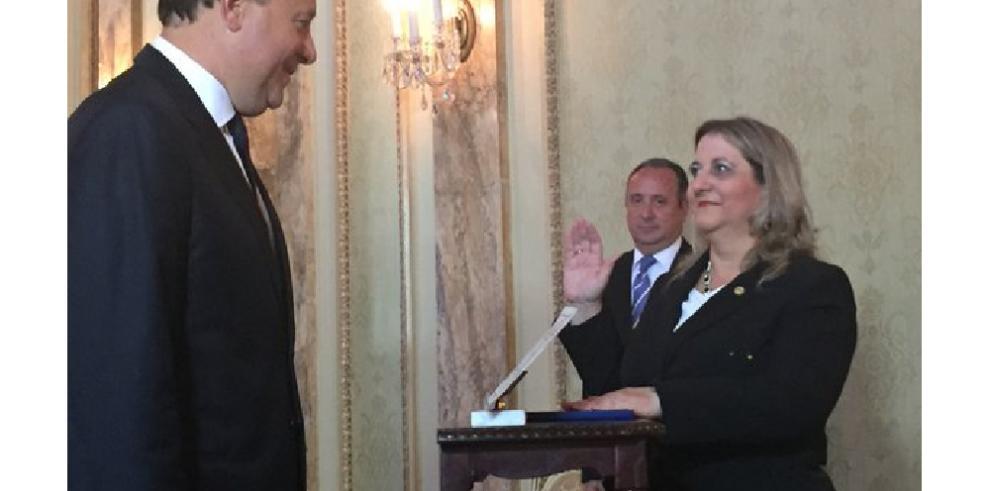 Presidente Varela juramenta a nuevos magistrados Russo y Cedalise