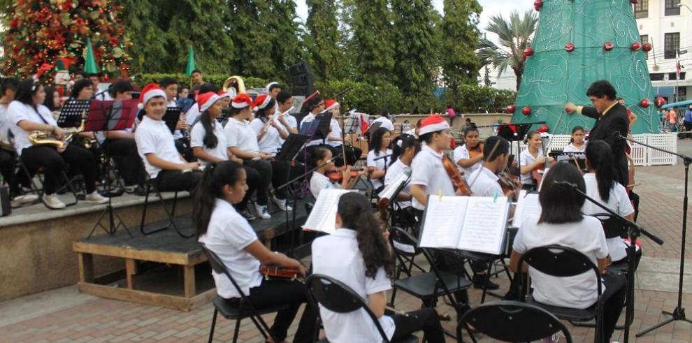 Orquesta en riesgo separarse por falta de fondos