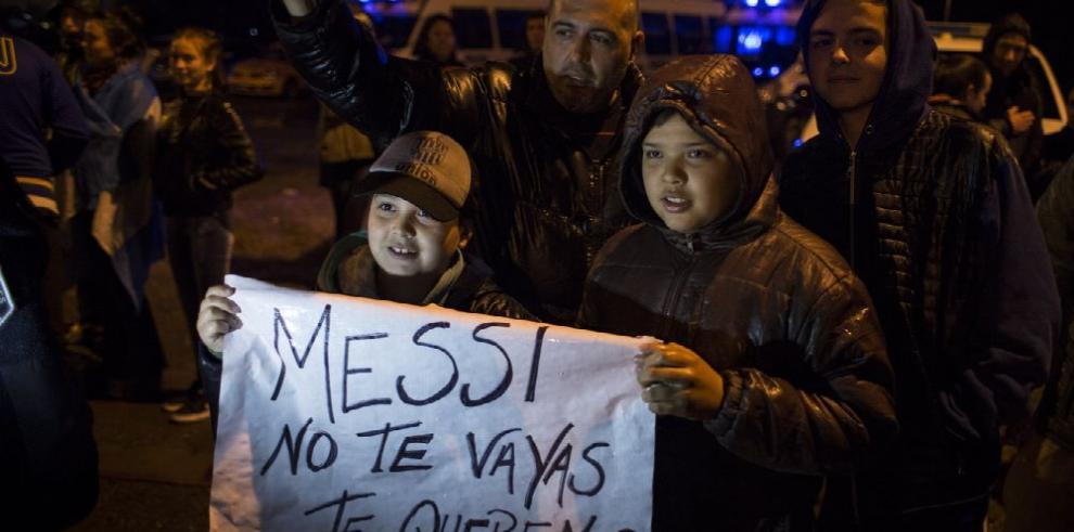 Argentina ruega porque se quede