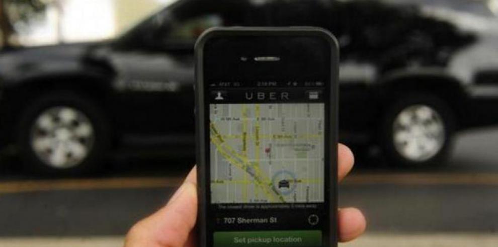 Gobierno sancionará a Uber si sigue cobrando en efectivo