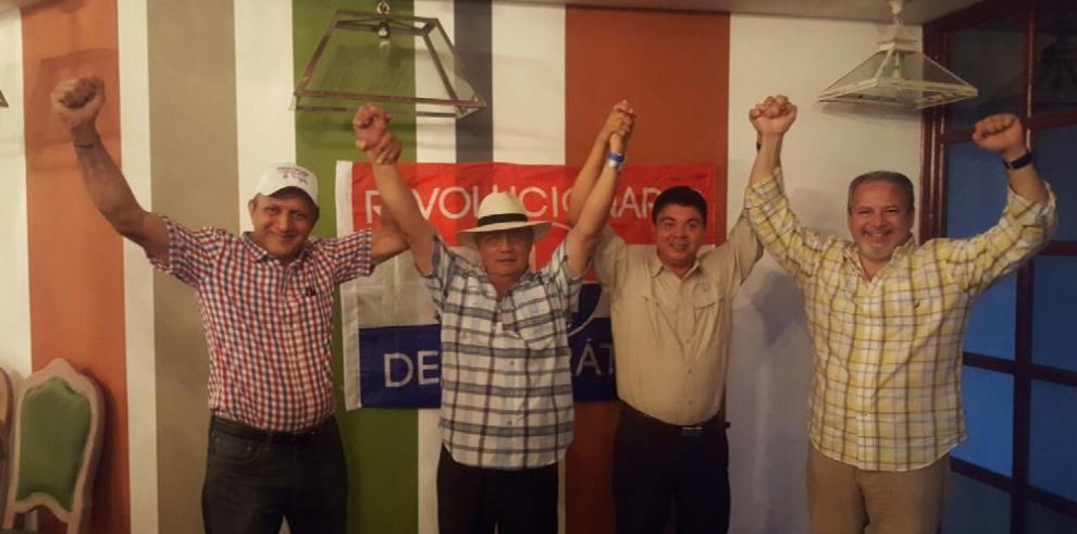 'Leales' a Pedro Miguel triunfan en congresillos