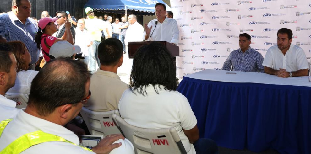 Presidente Varela le advierte a pandilleros que pondrá orden