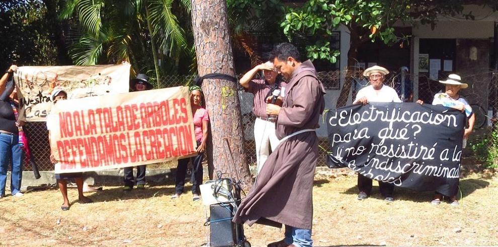 Residentes de La Pintada presionan a las autoridades