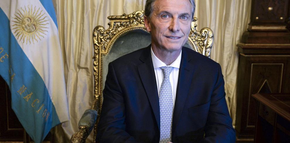 Los 100 días de Macri realínean a Argentina con grandes potencias