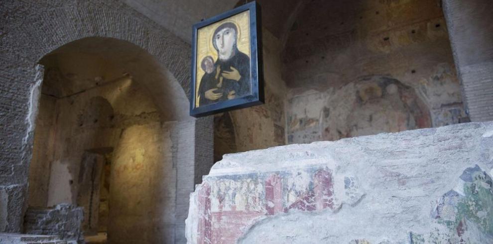 Reabre la iglesia de Santa María Antigua