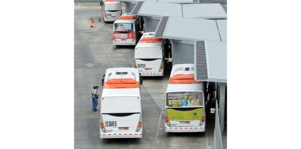 Mi Bus contratará servicios y comprará 250 nuevas unidades