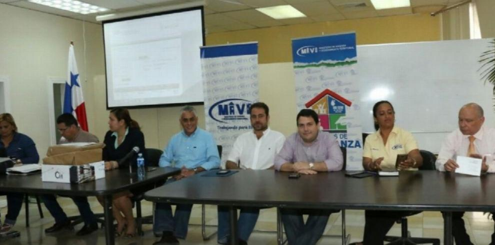 MIVIOT Licitan 500 viviendas en Chepo