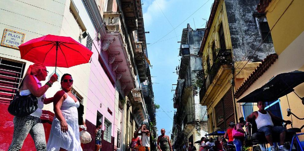 Cuba enfrenta cambios socio-económicos