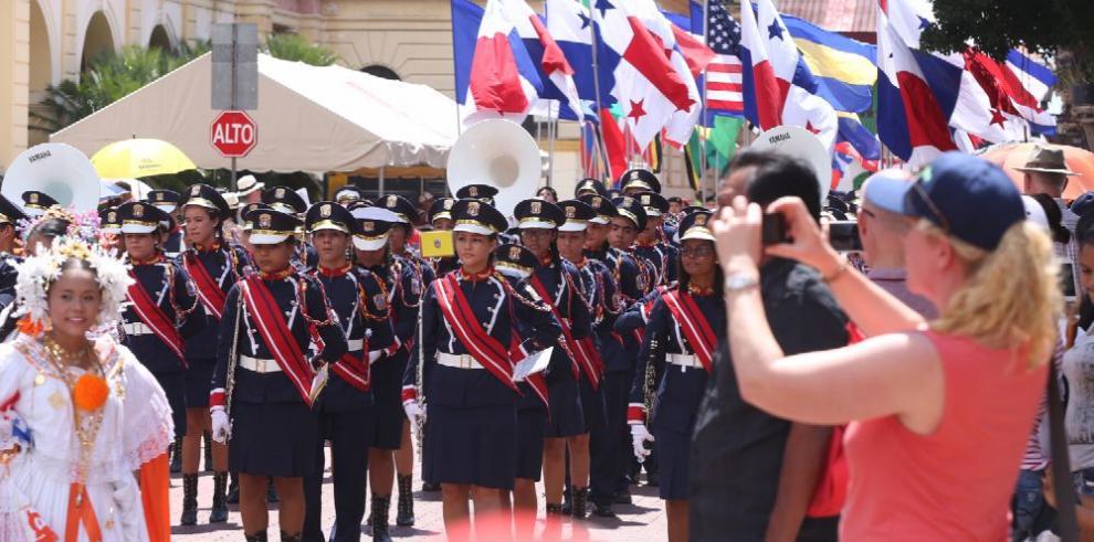 Panameños celebran el Día de los Símbolos Patrios