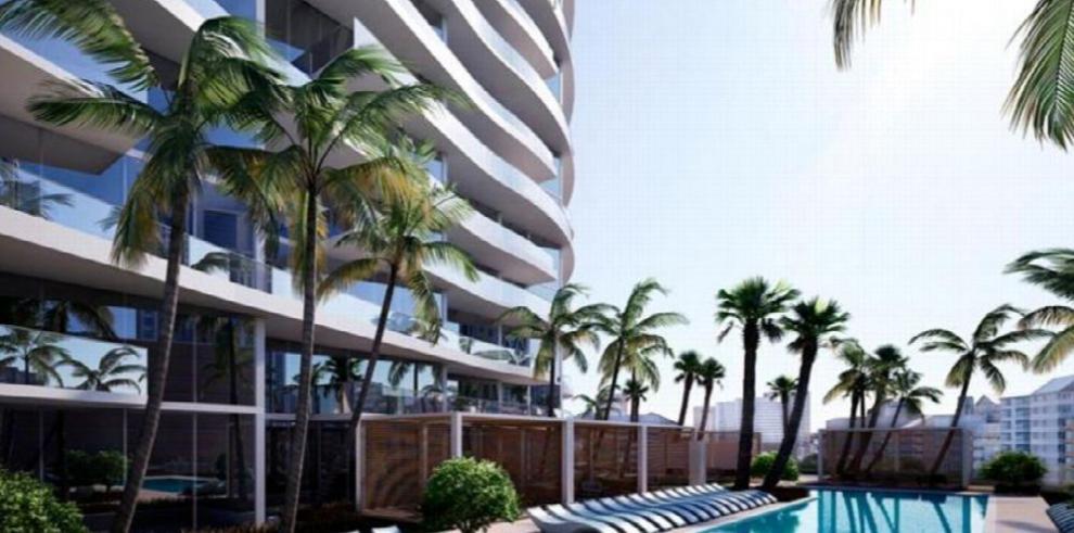 Compre un apartamento en Florida y vuele en jet privado