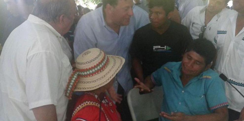Indígenas que rechazan Barro Blanco encaran a Varela