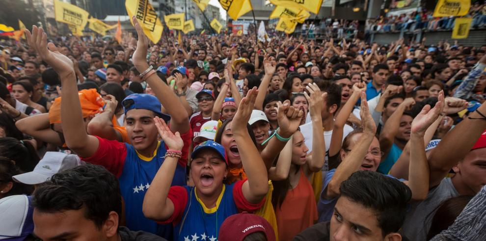 Oposición venezolana en concentración exigirá referendo revocatorio