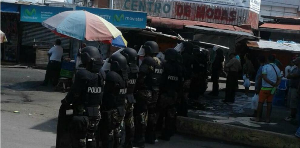 Carrillo dice que migrantes africanos no se quieren quedar en Panamá
