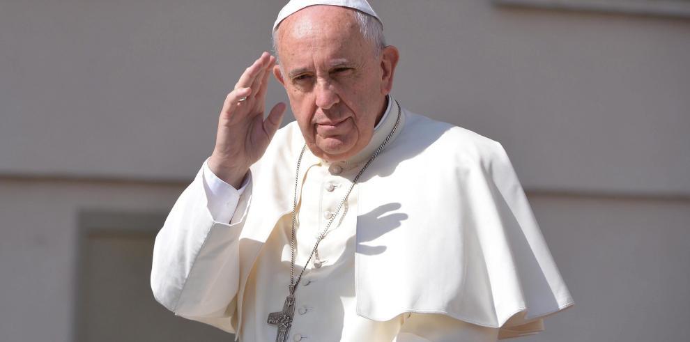 El Papa autoriza la absolución del aborto por parte de sacerdotes