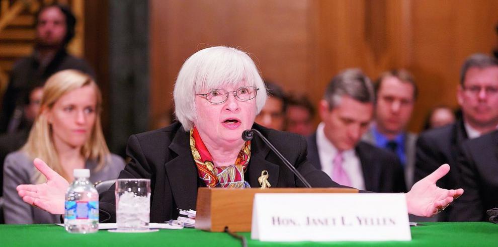 Miembros de la FED se oponen a aumentar tasas