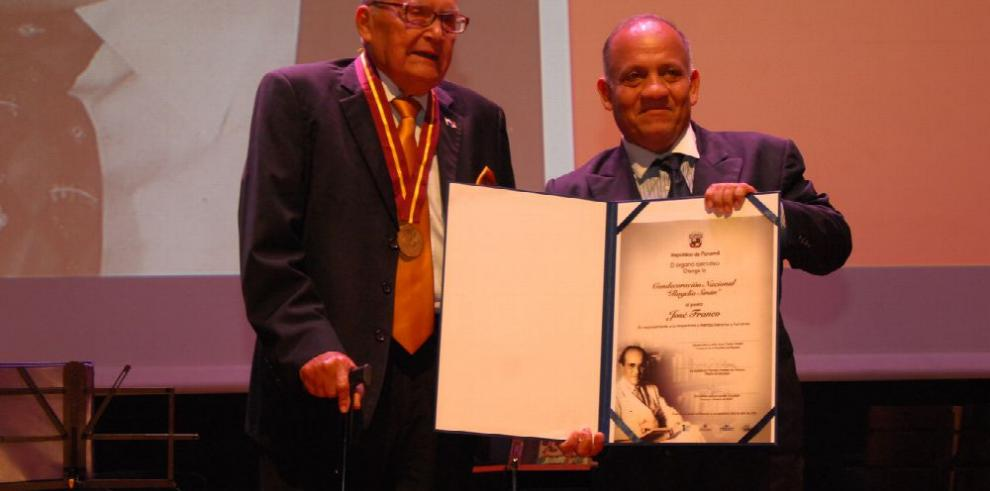 Oro para José Franco