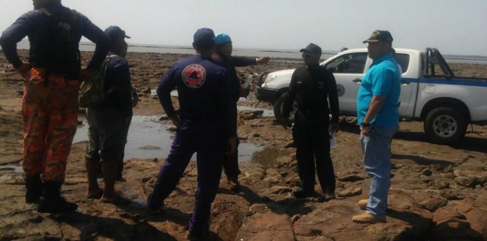 Buscan a dos desaparecidos en playa El Salao de Aguadulce