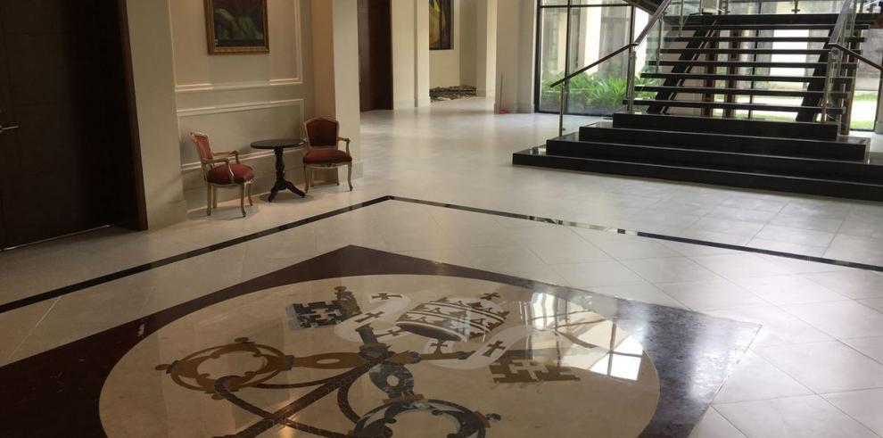 La bella residencia donde se hospedará el papa Francisco
