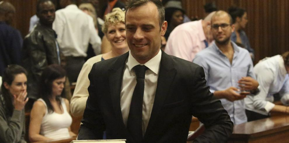 Pistorius inicia los trámites para recurrir su condena por asesinato