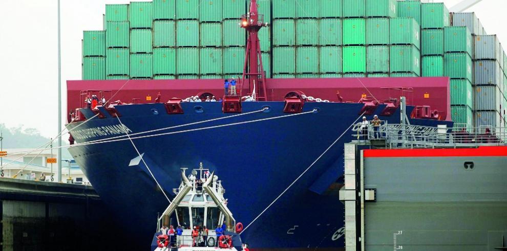 El canal de Panamá ampliado generó más de $ 20 millones d en un mes