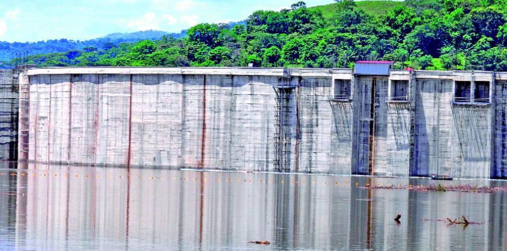 Empresa Genisa pide que permitan llenar la presa de Barro Blanco