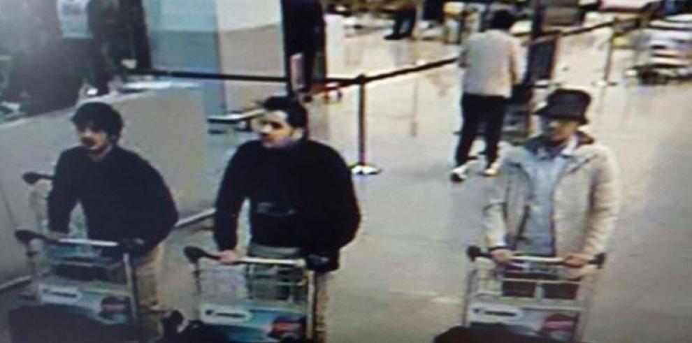 Autoridades belgas en busca de los sospechosos del atentado