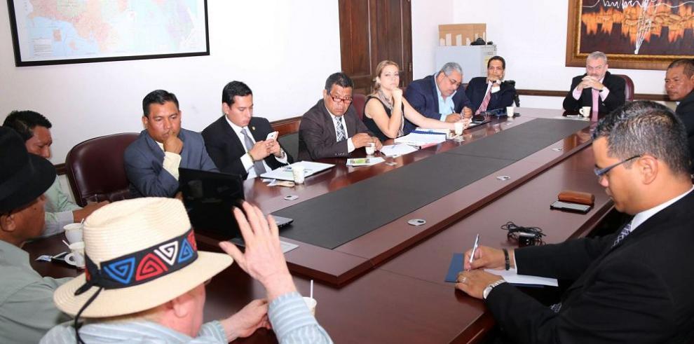 Autoridades buscan solución a conflicto en comarca Guna Yala