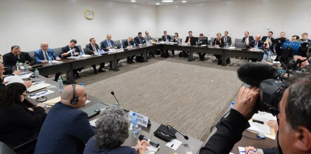 Régimen sirio bajo presión durante las negociaciones