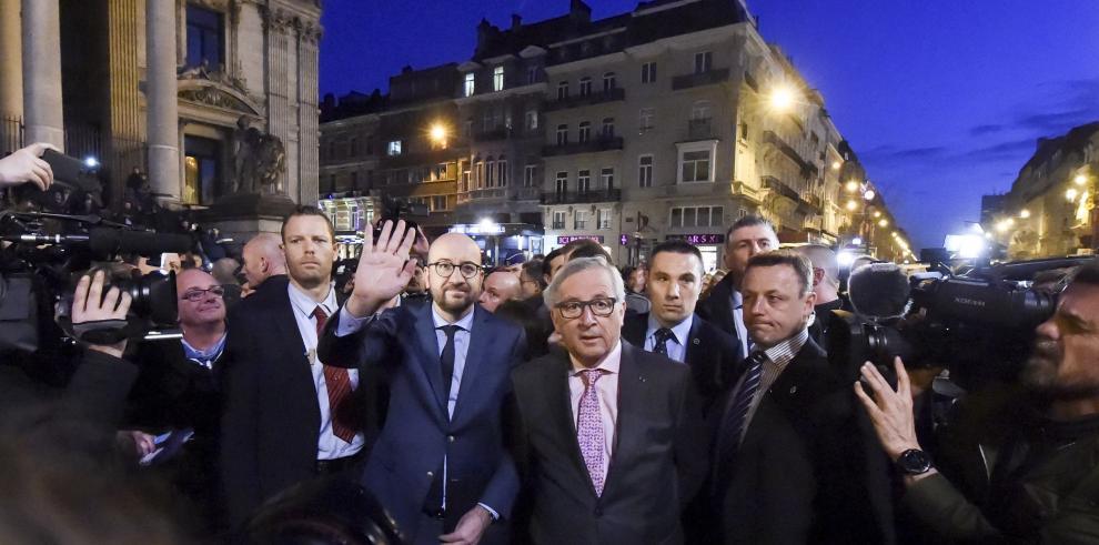 El mundo se solidariza con Bélgica, tras atentados