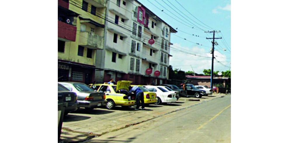 Gobierno propone titulación en Curundú