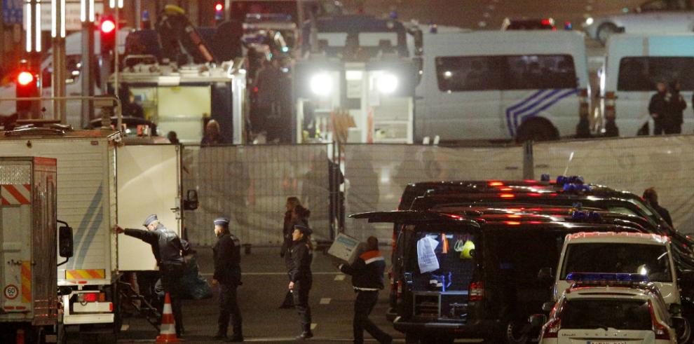Los atacantes de Bruselas llevaban