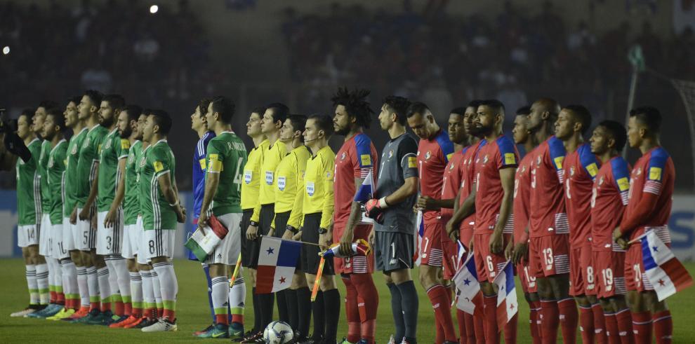Panamá y México empatan 0-0