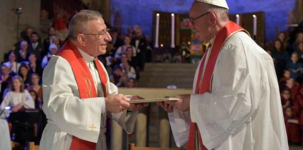Papa pide a la Iglesia estadounidense