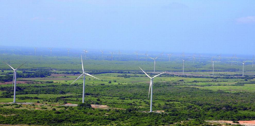 Panamá sube seis posiciones en estudio sobre energía limpia
