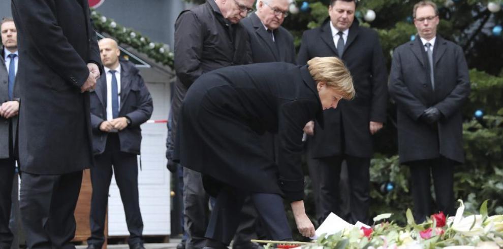 Merkel: no viviremos paralizados por el miedo