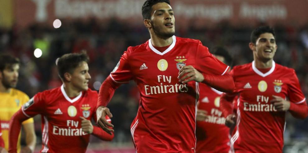 Benfica cierra el año ante el Rio Ave y Oporto lo presiona