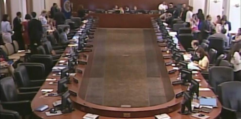 Suspenden sesión de la OEA a petición de embajador de Venezuela