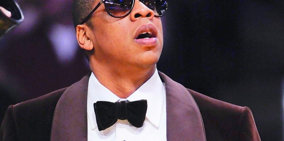 Jay Z saca una canción para responder a críticas sobre su pasado