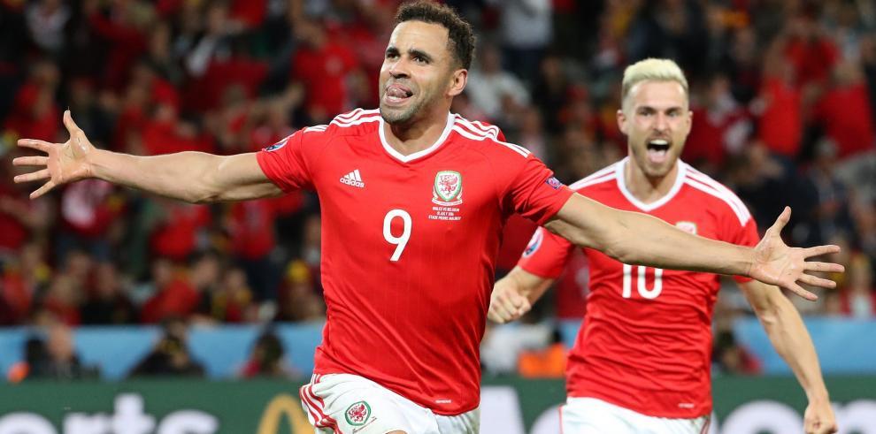 Gales da la sorpresa y se clasifica para semifinales de la Eurocopa