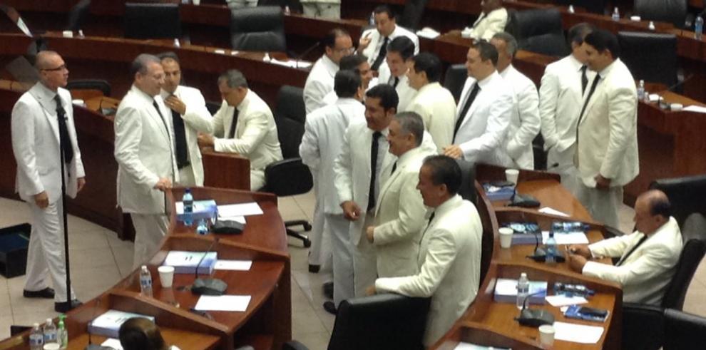 De León, Quirós y Ábrego, nueva directiva legislativa