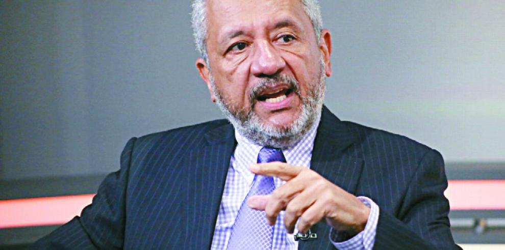 'La economía panameña es un conjunto de actividades económicas con nombres'