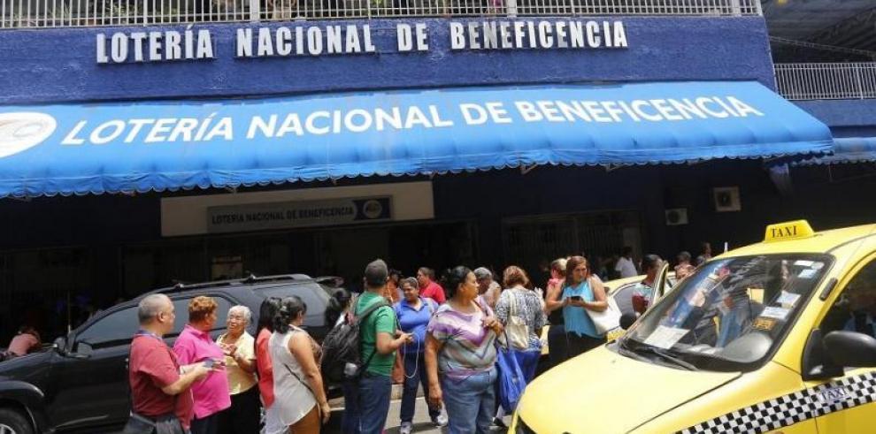 Medina niega que anteproyecto contempla privatizar la Lotería
