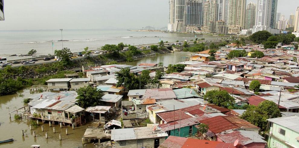 La mitad de los pobres en Panamá vive en las ciudades