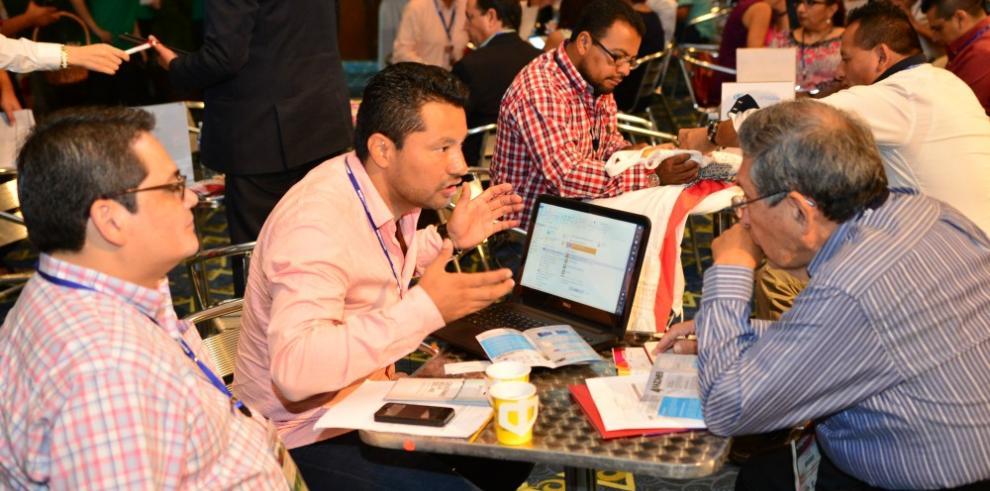 Un centenar de vendedores busca hacer negocios en Expocomer 2016