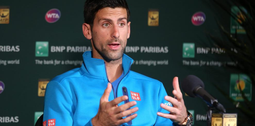 Djokovic asegura estar sanado de su lesión de ojo
