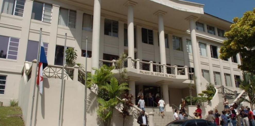Guillermo Ferrufino llegó a la Corte para su audiencia preliminar